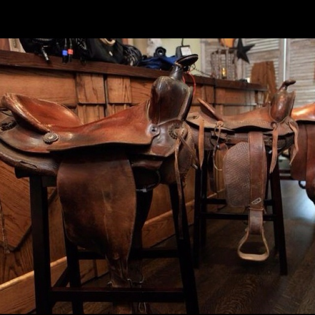 Saddle bar stools! Great for additional fun seating in the barn. & 29 best Saddle Bar Stools images on Pinterest | Saddle bar stools ... islam-shia.org