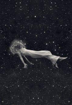 :: Pilar Zeta :: ladies and gentlemen we are floating through space.