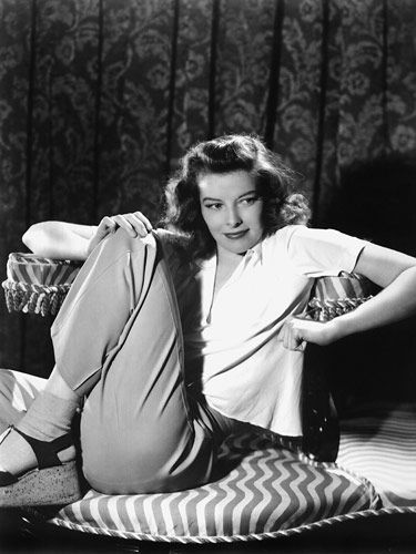 25 Most Iconic Film Looks of All Time ~ Katharine Hepburn as Tracy Lord ~ The Philadelphia Story (1940): Tracy (and Hepburn) suddenly made pants stylish for women.