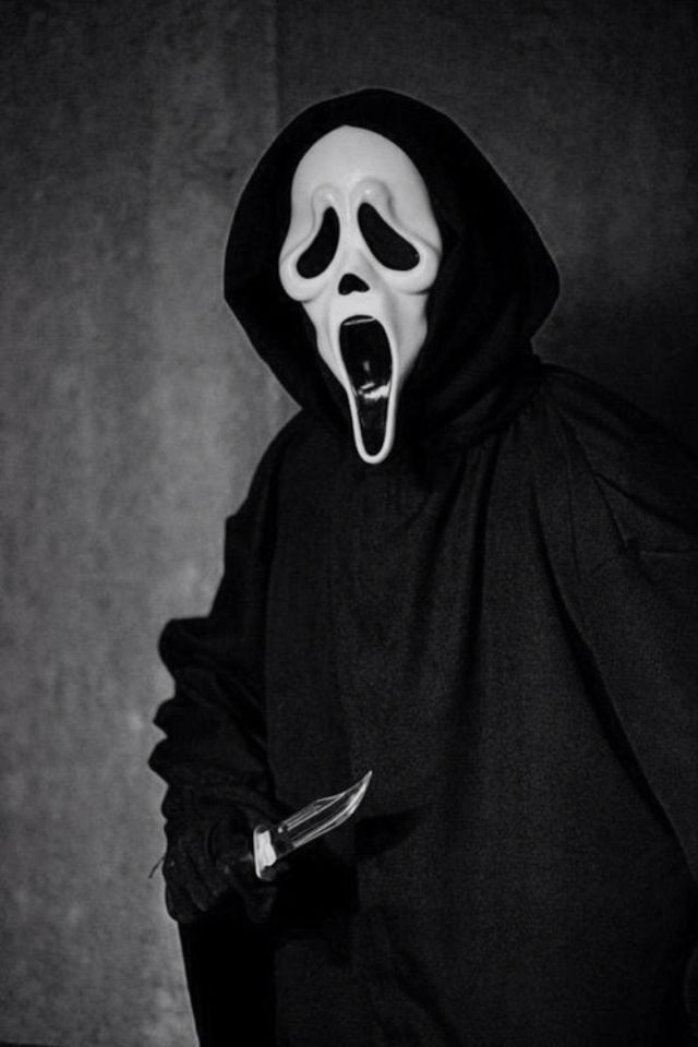 Ghostface - Scream   Horror movie tattoo ideas   Pinterest