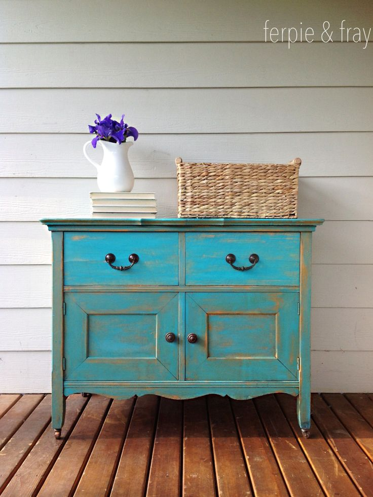 Cabinet painted by Ferpie and Fray in Colette by Maison Blanche Paint Co.
