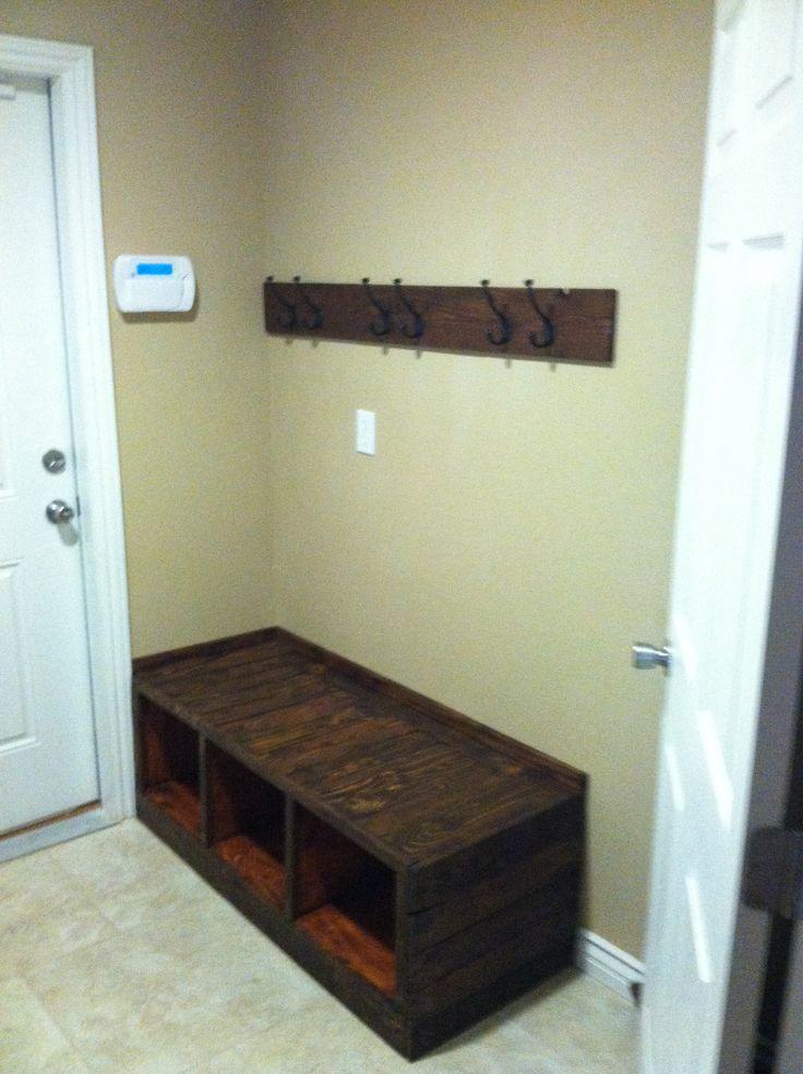 Pallet Bench And Coat Rack Pallet Art Diy Shoe Rack