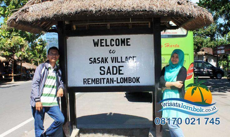 Yuk Lihat di Sini Desa Sade adalah destinasi wisata budaya Lombok yang terpopuler, salah satunya keuniknya Desa ini adalah, lantai rumah adatnya yang dibersihkan dengan kotoran kerbau, namun tidak berbau, aneh tapi nyata loh ini!. Dan yang selanjutnya ada Kawin lari, sudah dikenal dari nenek moyang Desa Sade dan masih dijalankan oleh penduduk di Desa ini. Penasaran ? yuk Kunjungi http://www.wisatalombok.co.id/info-wisata-lombok/lihat-lebih-dekat-keunikan-tradisi-desa-sade-lombok/