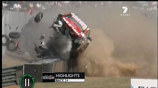 V8 Supercar crash at Sandown