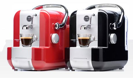 Lavazza A Modo Mio espresso machine Would loooove one of these!