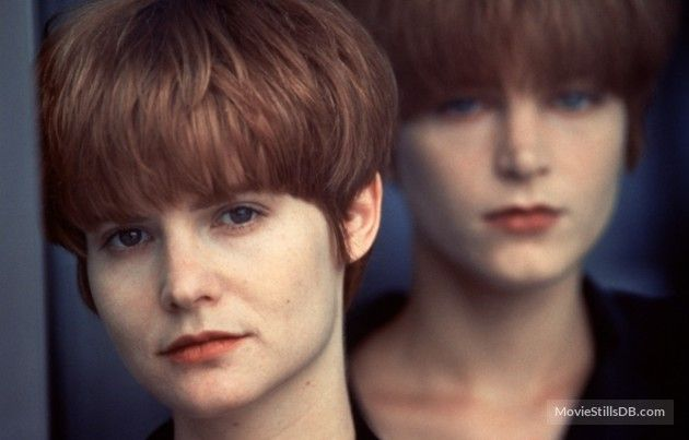 Single White Female (1992) Jennifer Jason Leigh and Bridget Fonda