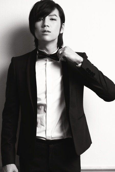 20 Más de Corea celebridades masculinas que buscan elegante en trajes