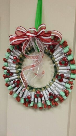 Lab wreath