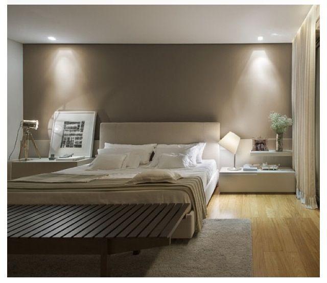 Lindo quarto e opcao de cabeceira, criados
