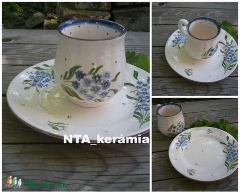 Nosztalgia pocakos-kék nefelejcs bögre+tányér (ntakeramia) - Meska.hu