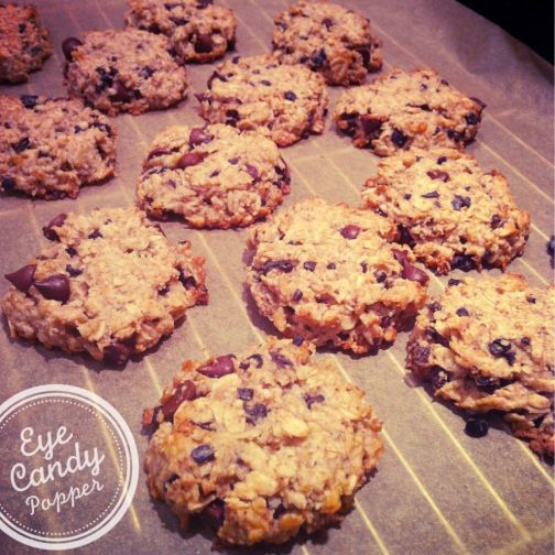 Oat, coconut and cacao cookies