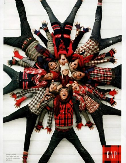 family Christmas card photo idea, christmas sweater fun for a big family…