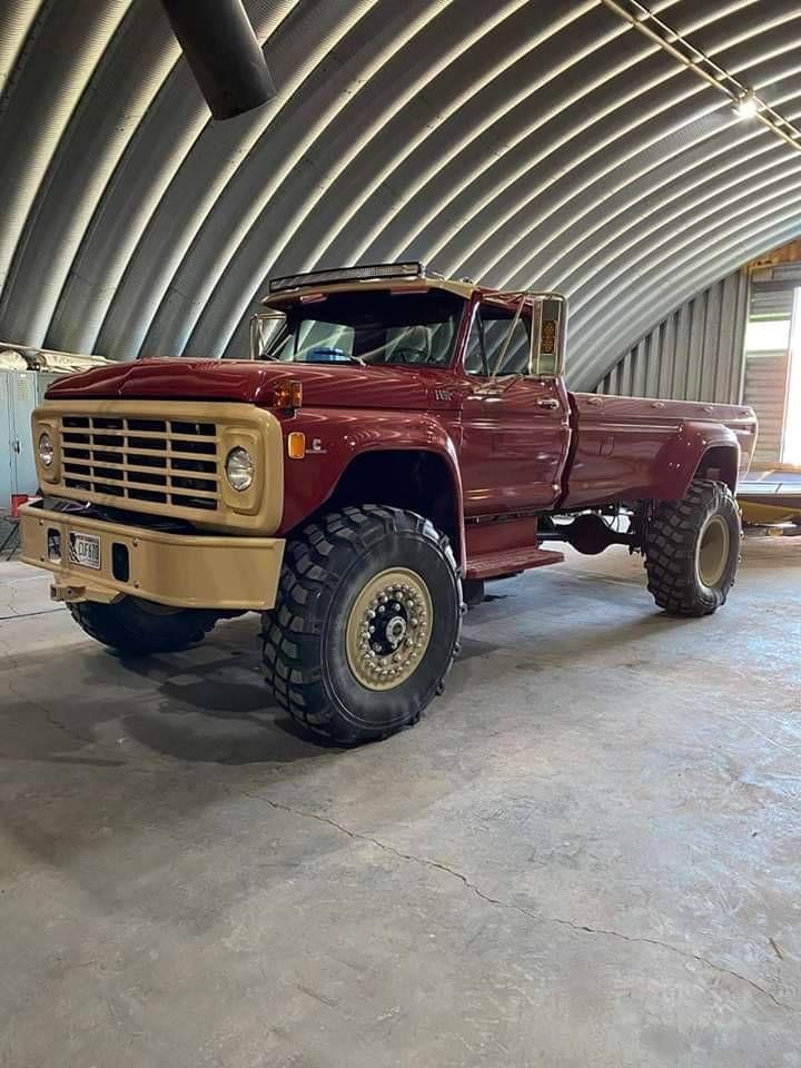 Farm Trucks, Big Rig Trucks, 4x4 Trucks, Custom Trucks, Cool Trucks, Ford 4x4, Ford Pickup Trucks, Classic Ford Trucks, Dodge Power Wagon
