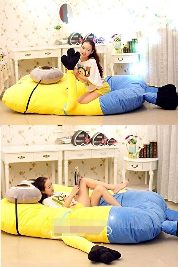 minion bed! Where was this a few months ago!?!!!