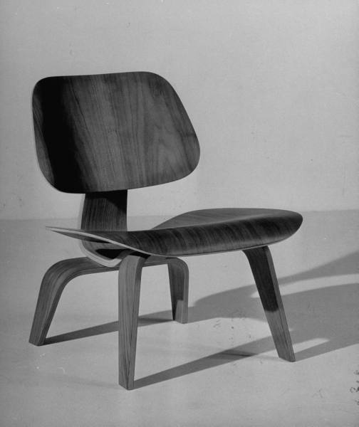 Eames Molded Plywood Lounge Chair (1946) by Charles and Ray Eames