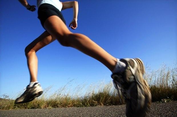 #beneficios de #correr. Conseguirás: un torso a tono, un trasero firme, un estómago plano, una piel radiante, y unas piernas largas y delgadas, ¡a correr!