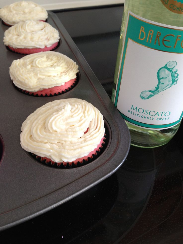 Pink velvet cupcakes with white moscato frosting