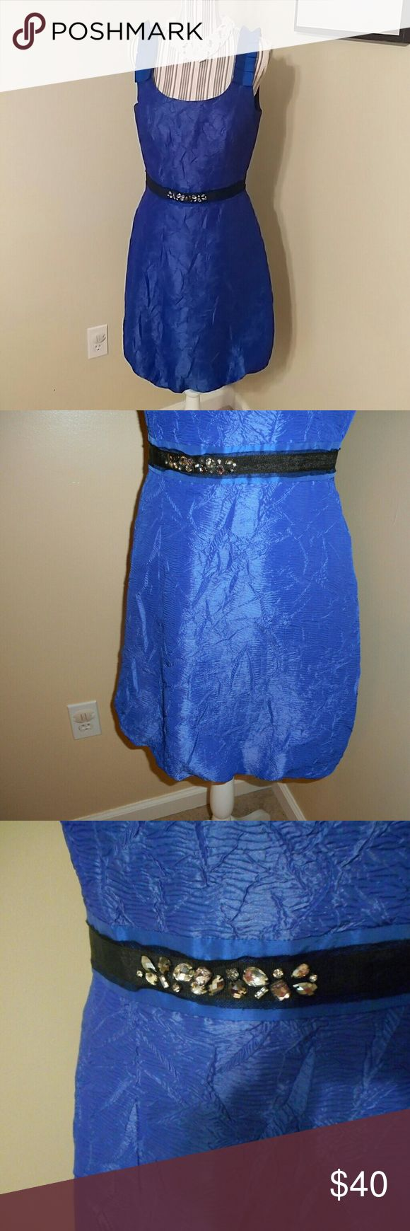 EUC! Max h Cleo Electric Blue Dress With Accent EUC! Max h Cleo Electric Blue Dress With Accent  Sz. 10 Beautiful detailed accent Puffy at the bottom. Great for cocktail hour at your next event. Max & Cleo Dresses