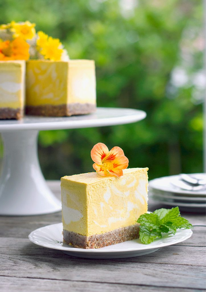 30-minute deliciously creamy Mango and Turmeric Cheesecake