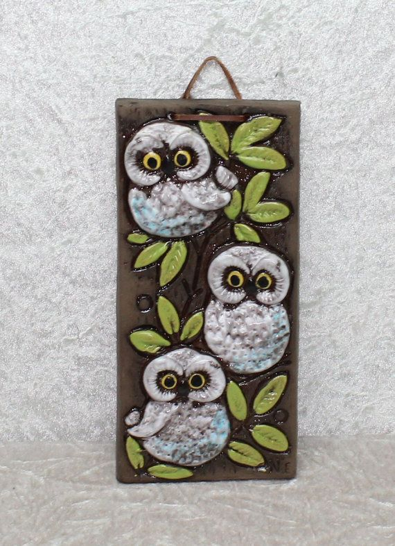 Wonderful vintage ceramic Wall plaque with by ThreeCrownsRetro