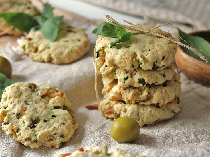 Découvrez la recette Cookies salés, olive et basilic sur cuisineactuelle.fr.
