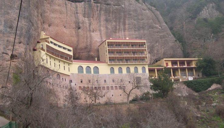 Святой Монастырь Великой Пещеры