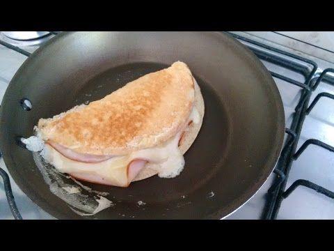 Delicioso pão de baixo carboidrato feito na frigideira - YouTube