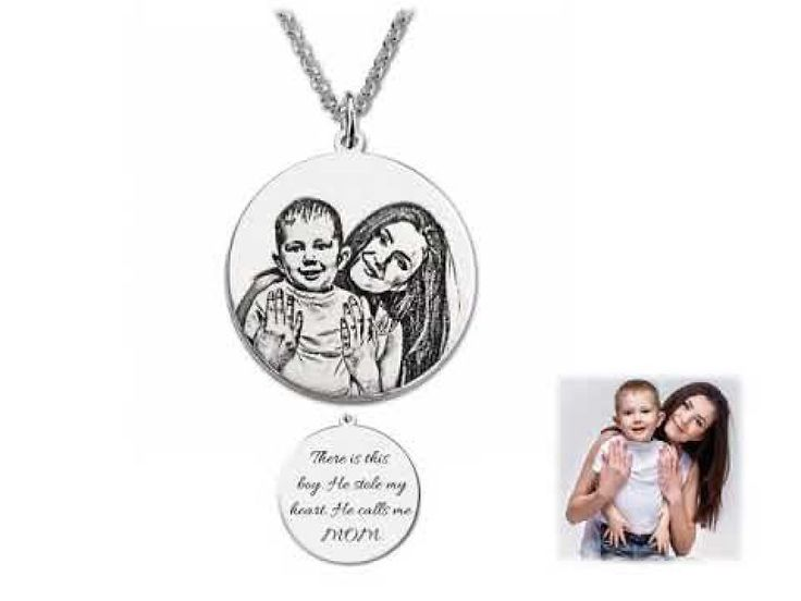 Seal Your Sweet Moment With Your Kids Forever By Turning It Into Engraved Necklace | Bored Panda