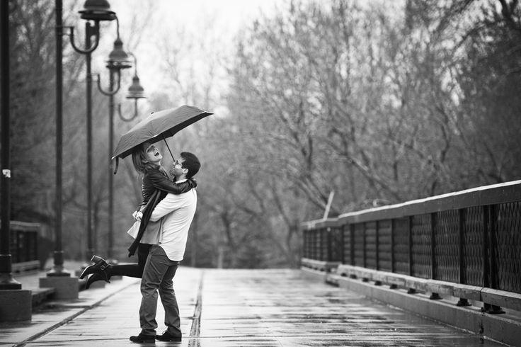 rainy engagement photos!