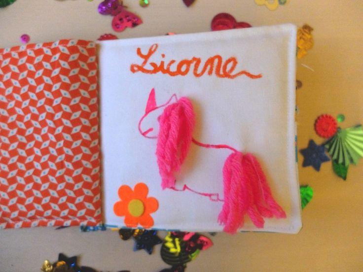 Mon livre en tissu : licorne, paillettes, arc en ciel, projet DIY