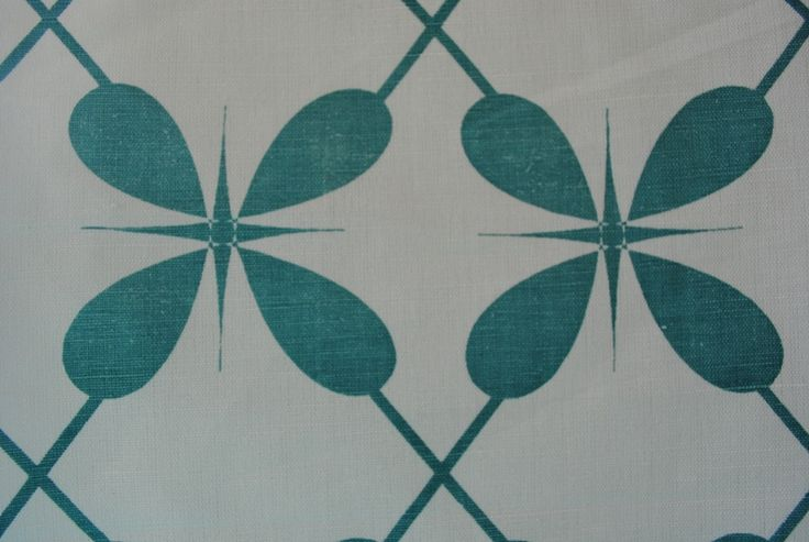 Lucky 4 Leaf Lattis Azure-White linen/cotton blend 137cm