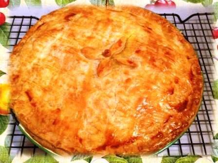 WholeFoodie Kitchen: Chicken & Vegetable Pie