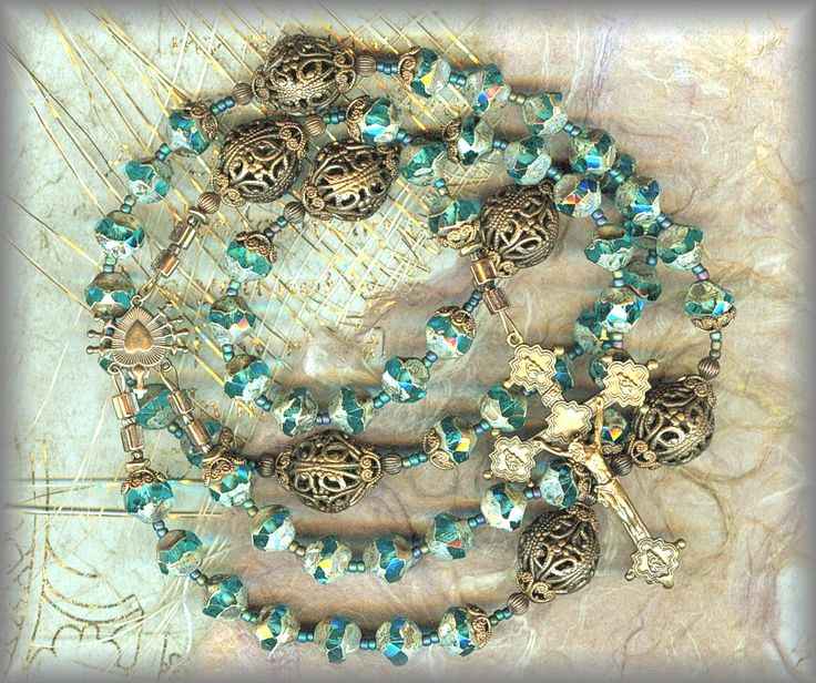x20%-||| RD7S.2924 - HER PONDERING HEART - blue faceted pebbles / Filigree -  (8 mm. - 22 in.)