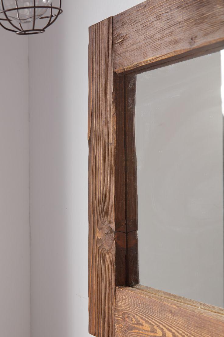 Ψάχνετε έναν ξύλινο χειροποίητο καθρέφτη; Βρείτε ότι χρειάζεστε στη νέα συλλογή χειροποίητων επίπλων της Furnibath
