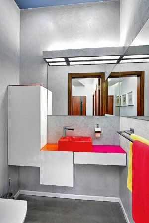 Meble łazienkowe: szafki pod umywalkę bez sztampy