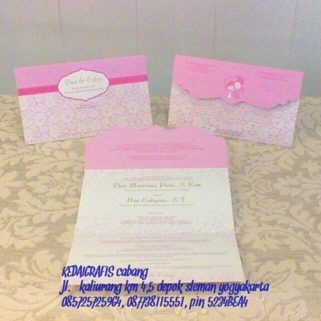 malam gaess.. orderan mba desi jogja ni,,keren kan,, desain custom dengan undangan bentuk lipatannya..padahal 1 warna,, tapi tetep terkesan elegan.. harga mahal? sapa bilang? ini murmer gaess.. ada promo diskon order dibulan maret ini.. mau tau caranya?yukk invit kita 5234BEA4 085725725964 #undangannikah #undanganmurah #undanganjogja #undangantarakan #undangansamarinda #undanganpalembang #undanganmedan #undanganonline #undanganperkawinan #undanganpernikahan #undanganriau #undanganpapua