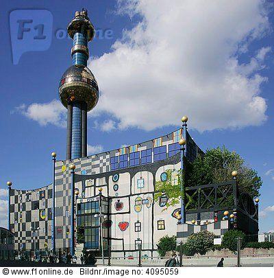 Die Müllverbrennungsanlage am Spittelberg der Fernwärme Wien gestaltet vom Künstler Friedensreich Hundertwasser Wien Österreich