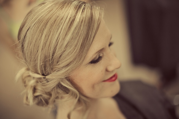 Client Erin's Wedding Pic  Lori Waltenbury Photography  Bailey Hutchinson Make up/Hair Artist
