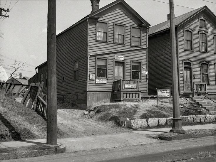 "April 1936. ""Blight -- 1316 West Walnut Street. Milwaukee, Wisc."" Medium format negative by Carl Mydans for the Resettlement Administration.  Shorpy Historic Picture Archive"