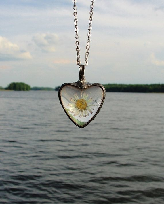 Daisy dried flower  Heart Necklace One of its kind Love by BUSTANI