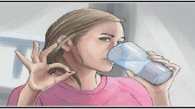 Boisson purgative : Buvez ce mélange avant d'aller dormir et vous viderez votre côlon des déchets d'une journée entière !
