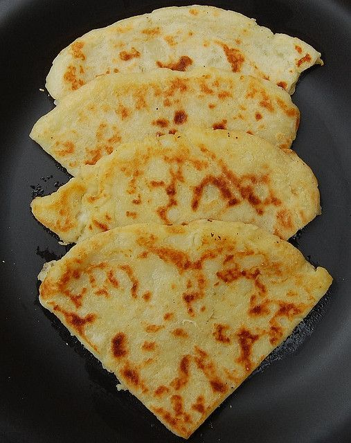 My dad was Scottish & introduced me to proper potato scones, beautiful