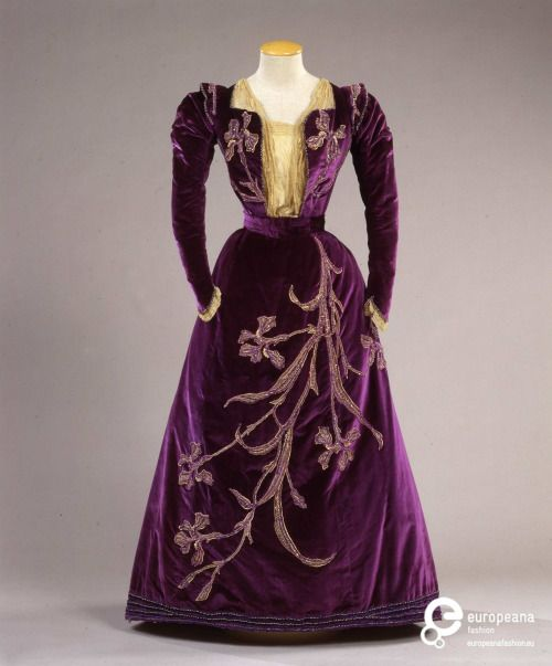 Dress 1900 Collection Galleria del Costume di Palazzo Pitti