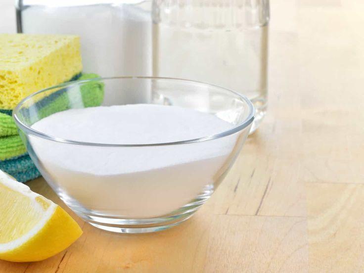 Trikov na čistenie s obyčajnou jedlou sódou či práškom do pečivá sú stovky. My pre vás vyberáme túto desiatku.