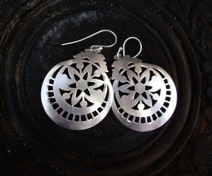 925 Sterling Silver Matte Star Flower Earrings by AaronKiddDesign on Etsy