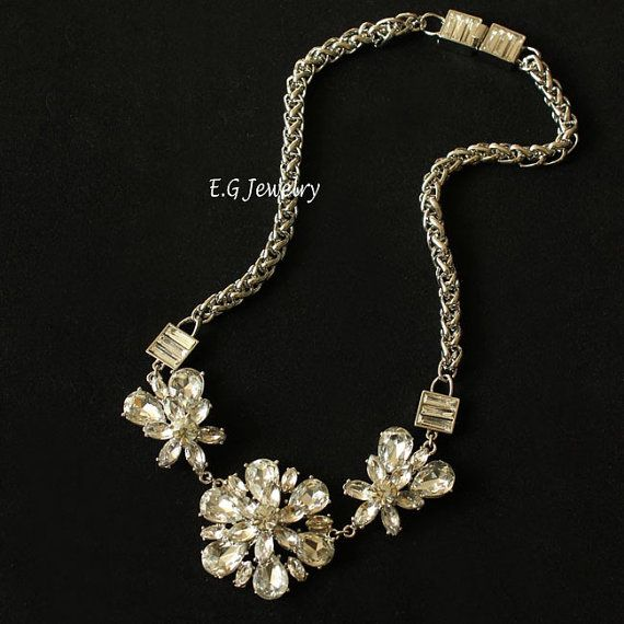 short contracted crystal bib necklacesstatement by