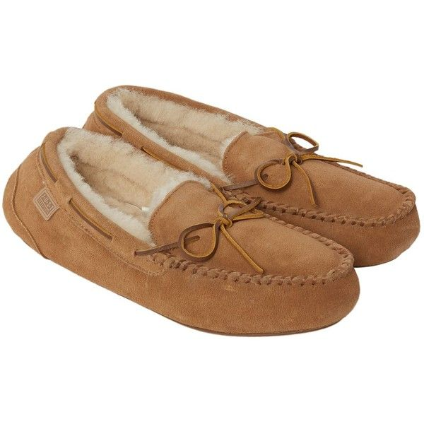Just Sheepskin Torrington Mocassin Slipper ($95) ❤ liked on Polyvore featuring men's fashion, men's shoes, men's slippers, sale men nightwear, mens shoes, mens fur lined moccasins, mens moccasin slippers, mens fur lined shoes and just sheepskin mens slippers