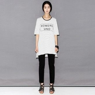 Today's Hot Pick :ロゴ入りボーダー柄ロング丈Tシャツ 【BLUEPOPS】 http://fashionstylep.com/P0000WEB/ju021026/out 定番のボーダー柄のロング丈Tシャツ☆ スリムなボーダー柄に英文ロゴを加えシンプルに仕上げました。 サイドに入ったスリットで体型をよりスリムに。 深く開いたネックラインがパイピングされており、アクセントになっています。 レギンスなどに合わせてリラックスカジュアルが演出できるおススメアイテム♪ 身長によって着丈感が異なりますので下記の詳細サイズを参考にしてください。 ◆色: ブラック/ブルー