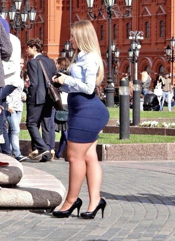 Virgins taking big dicks in their pussies