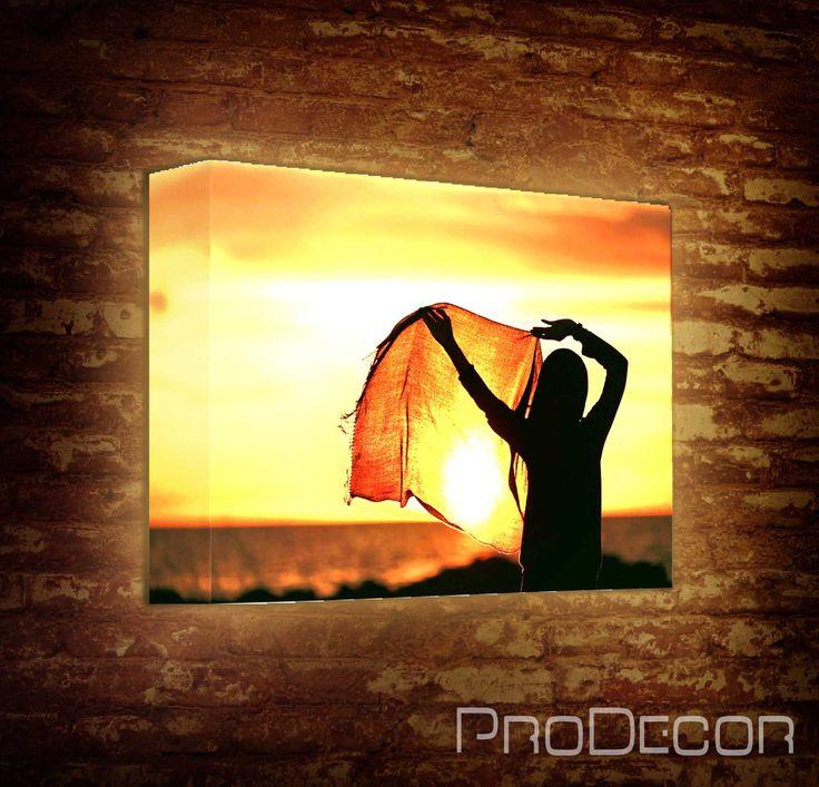 Теперь ваши фотографии нашли достойное оформление. Вы можете создавать лайтбоксы с одиночными снимками, а можно составить фотоколлаж из свадебных фотографий, фотографий с отпуска, ваших семейных снимков и др.